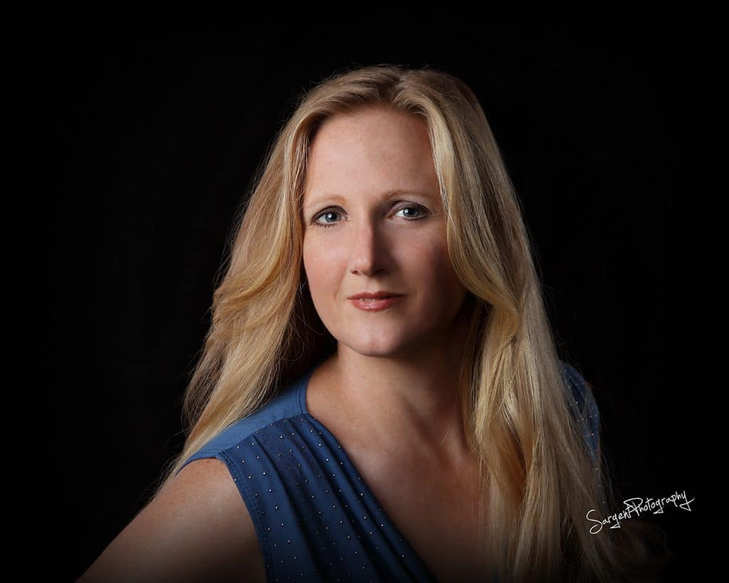 Leah Benson, Emotional Utopia author and Tampa Licensed Psychotherapist
